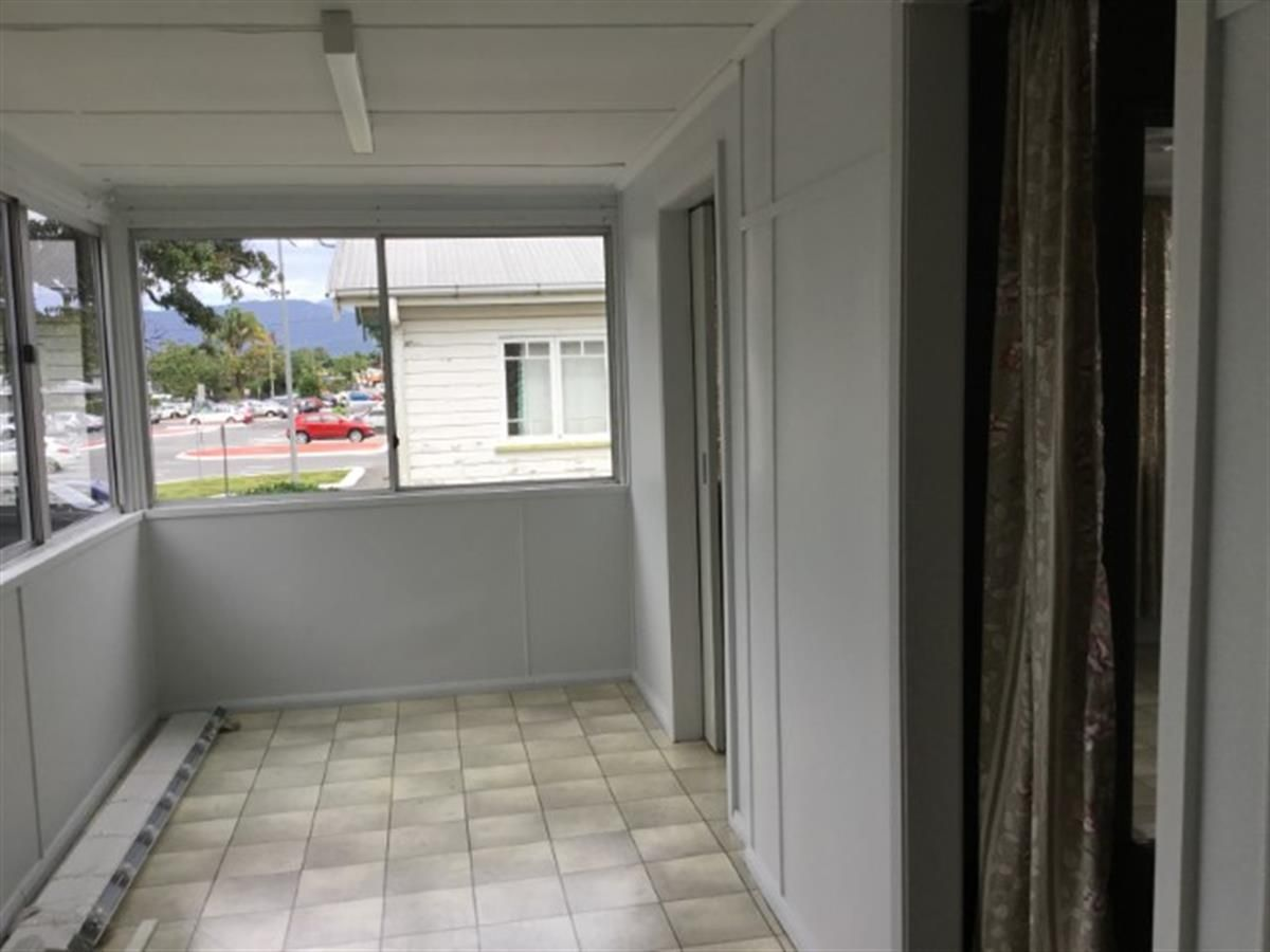 4 CHARLES STREET, Cairns North QLD 4870, Image 0