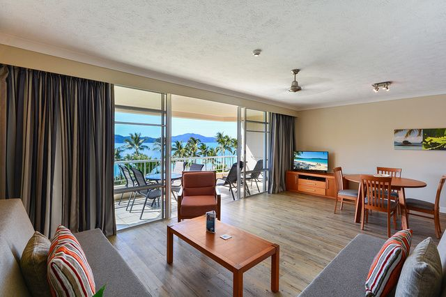For Sale 204 W/14 Resort Drive, Whitsunday Apartments ...
