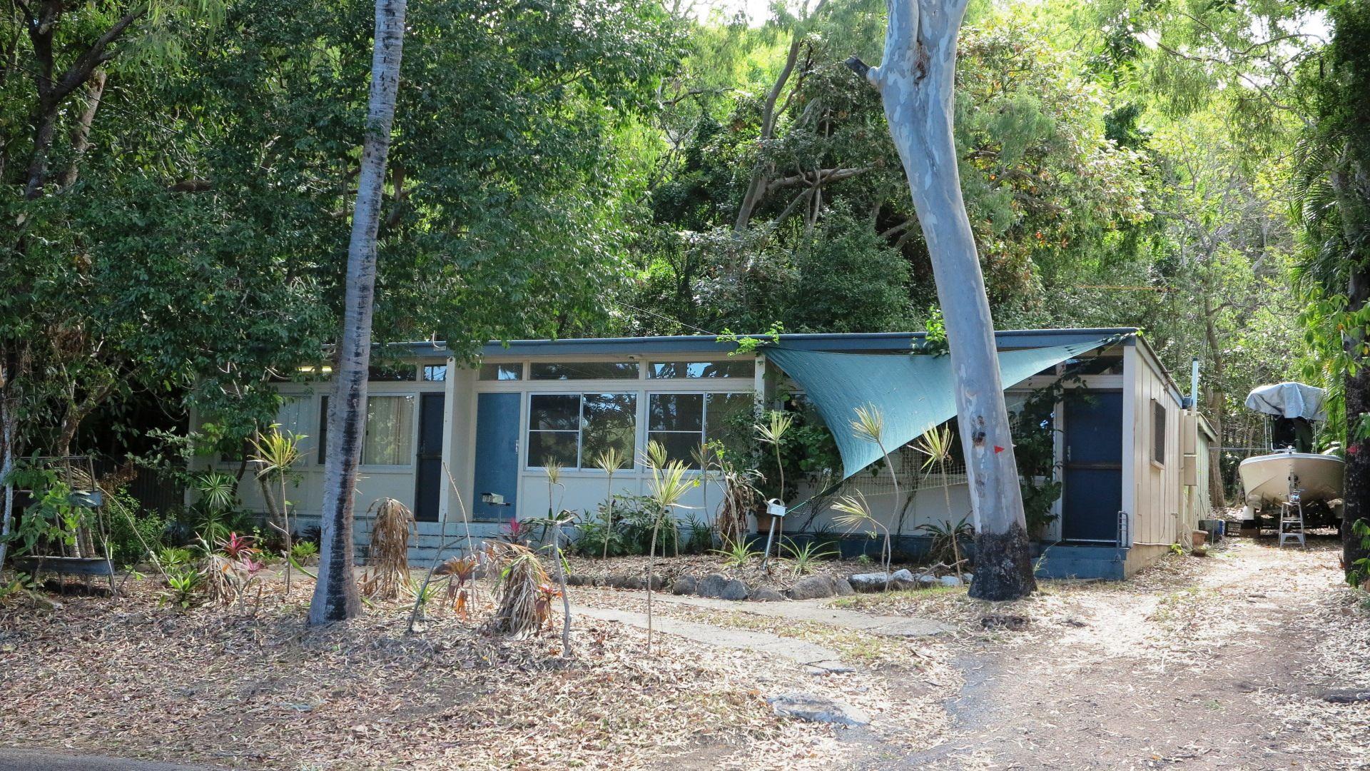 55 Hayles Avenue, Arcadia QLD 4819, Image 2