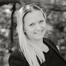 Cara Elliott, Sales representative