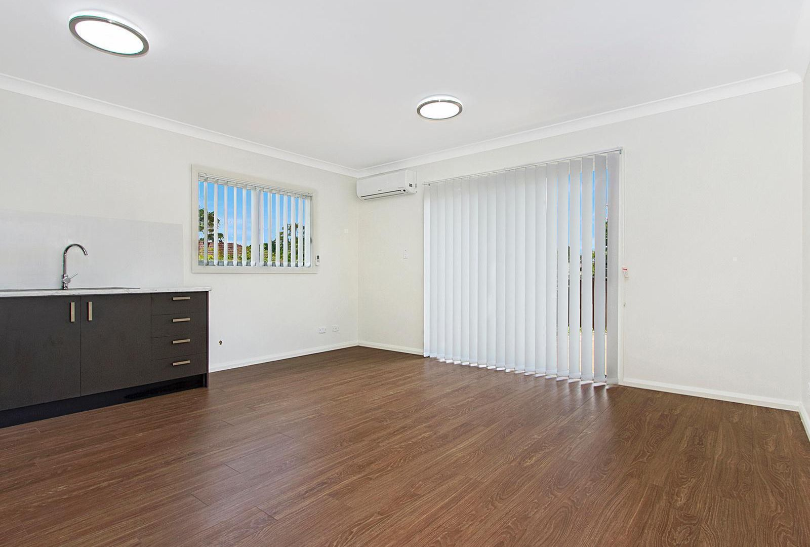 6A Flamingo Place, Pendle Hill NSW 2145, Image 2