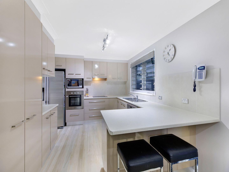 18 Waratah Street, Bateau Bay NSW 2261, Image 1