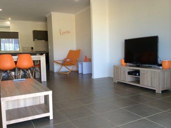 1/8 Nivosa Court, Mission Beach QLD 4852, Image 2