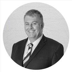 Craig Baynes, Sales representative