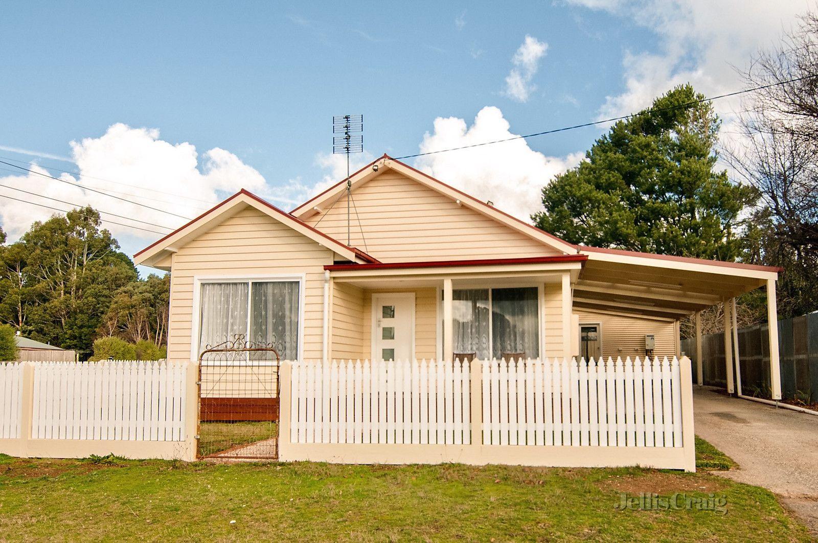 33 Camp Street, Trentham VIC 3458, Image 0