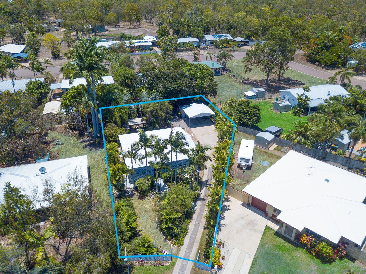 13 Fanning Court, Balgal Beach QLD 4816, Image 2