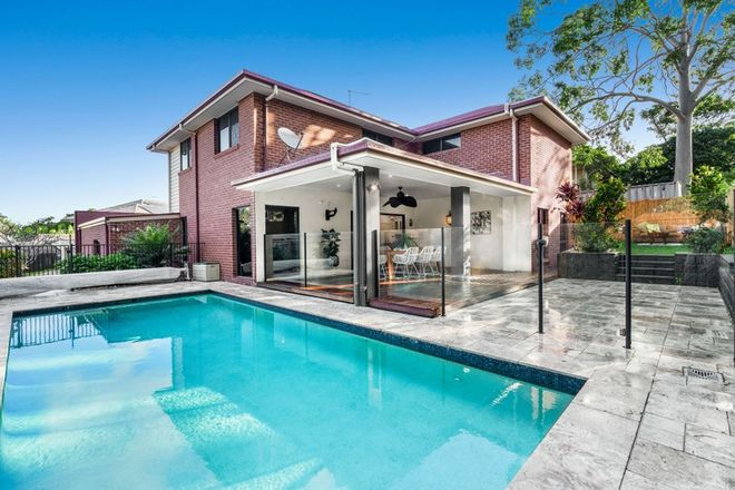 Picture of 31 Bridgewater Place, LOTA QLD 4179