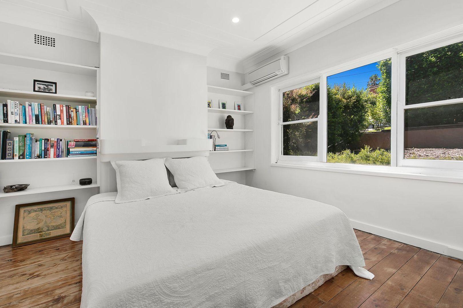22 Calbina Road, Northbridge NSW 2063, Image 2