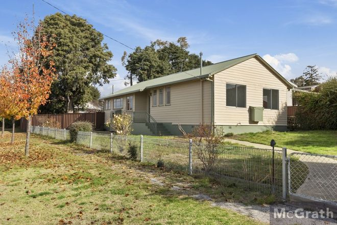 Picture of 27 Baroona Avenue, COOMA NSW 2630