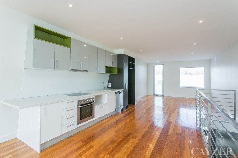 18 Little Boundary Street, South Melbourne VIC 3205, Image 1