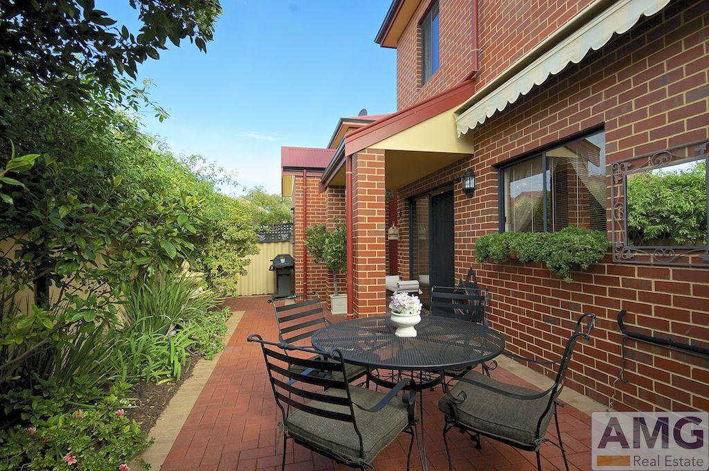 1/4 Wilkinson Street, Fremantle WA 6160, Image 1