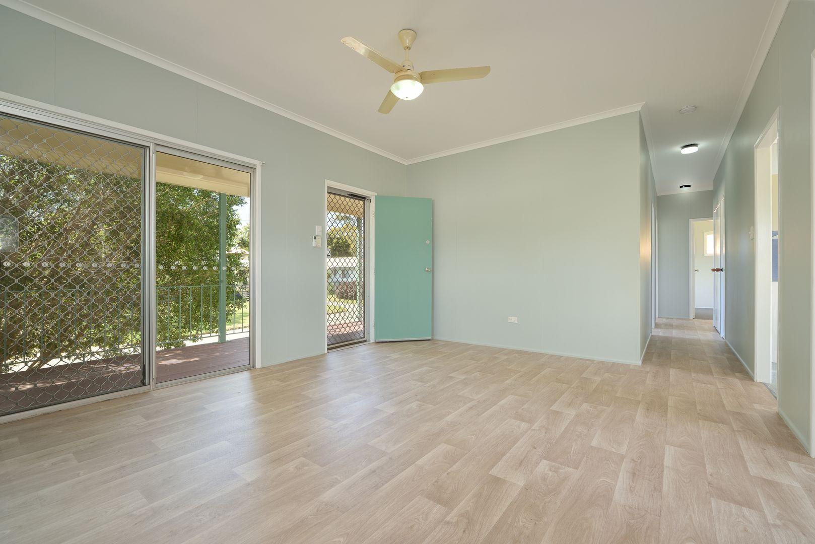7 Angler Street, Toolooa QLD 4680, Image 2