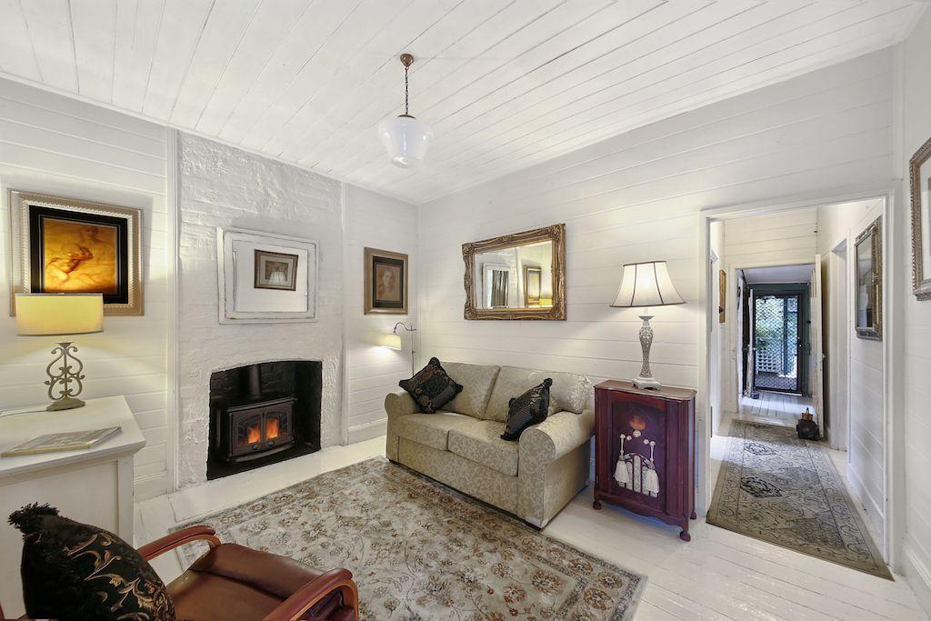 221 Menangle Street, Picton NSW 2571, Image 2