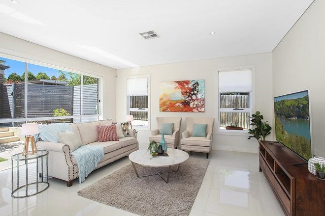 Picture of 14 Palmerston Road, WAITARA NSW 2077