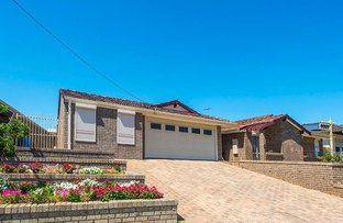Picture of 14 Bradbury Way, Samson WA 6163