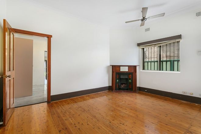 Picture of 5 Foreman Street, TEMPE NSW 2044