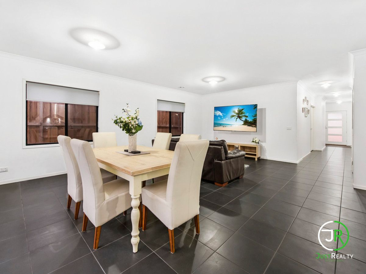 31 Chesney Circuit, Clyde VIC 3978, Image 0