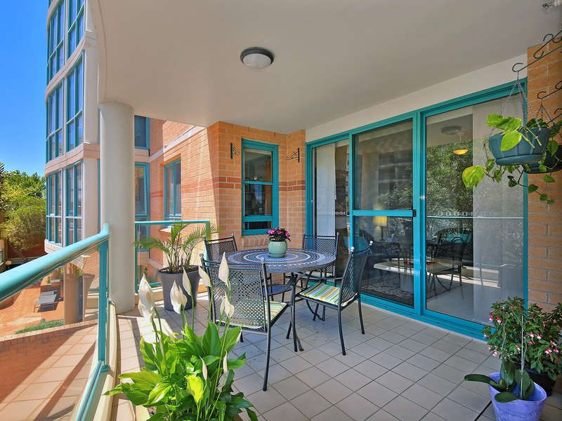 409/1 Spring Street, Bondi Junction NSW 2022, Image 2