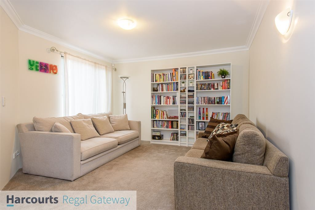 36 St Claire Gardens, Atwell WA 6164, Image 1