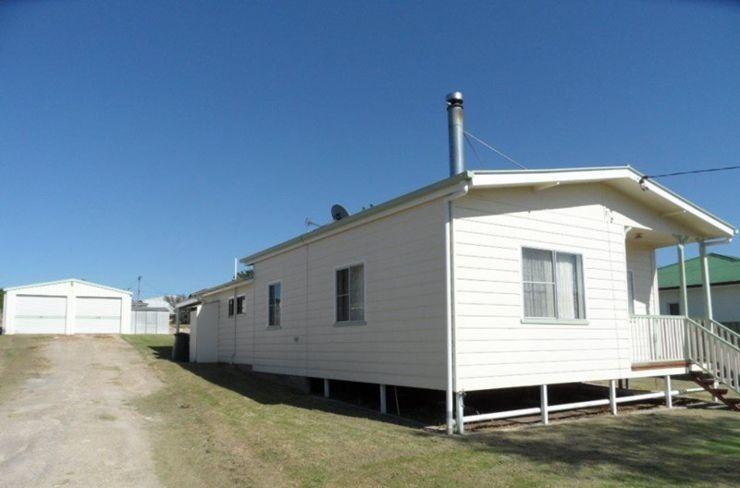 32 Denham Street, Stanthorpe QLD 4380, Image 0
