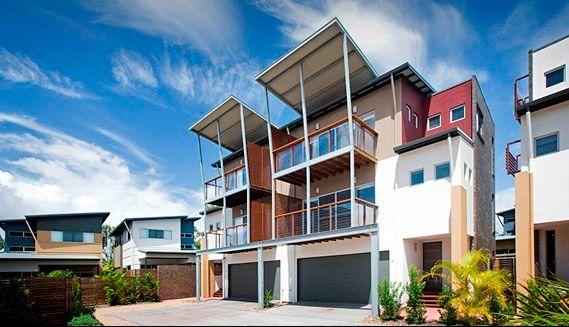42/80 Moolyyir Street, Urangan QLD 4655, Image 0