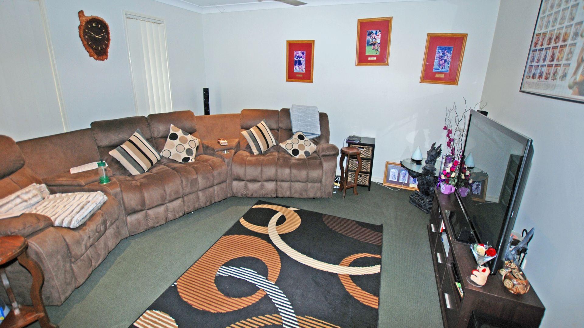 77 Ridgegarden Drive, Morayfield QLD 4506, Image 1