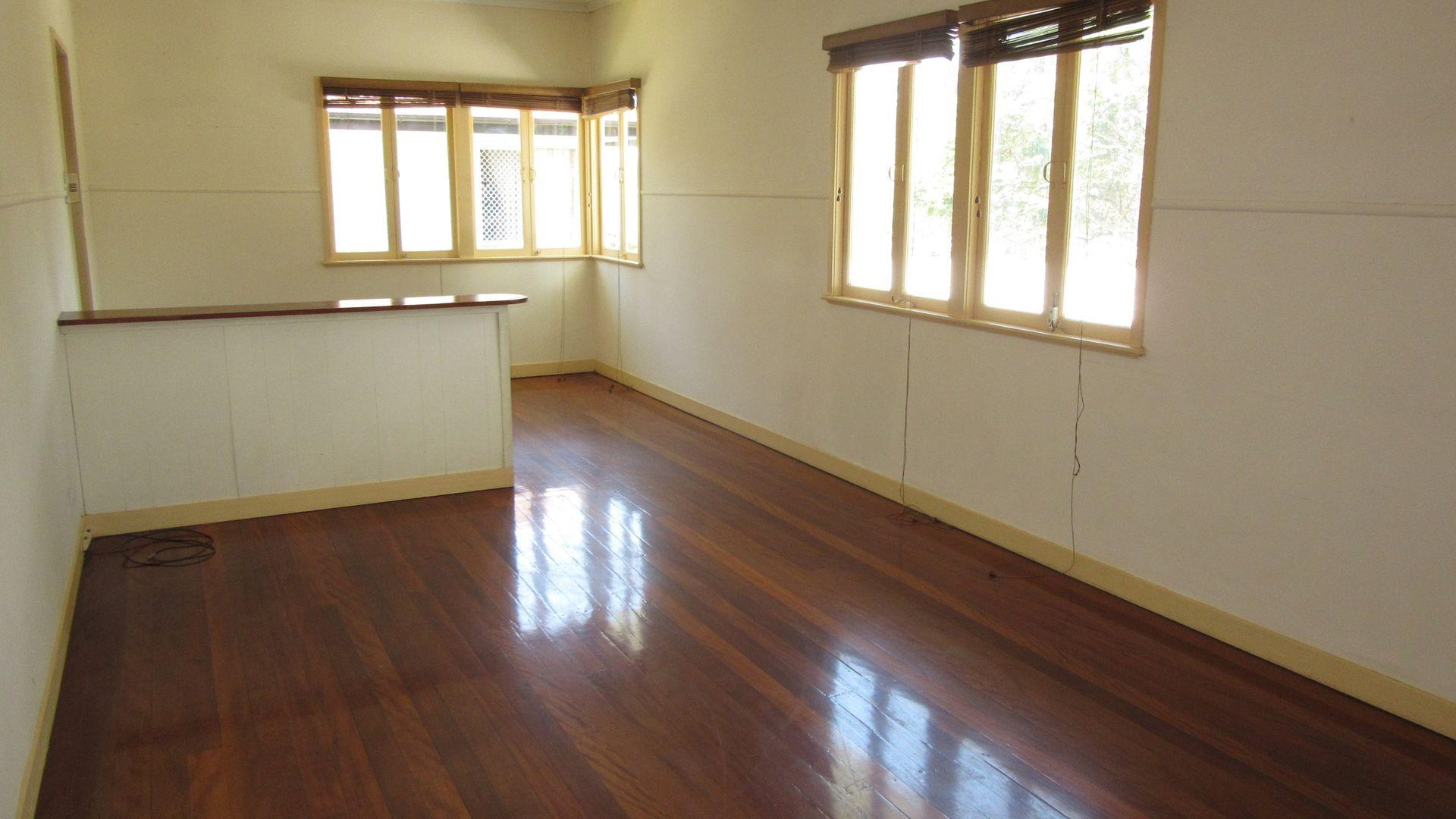 34 Abbeville Street, Upper Mount Gravatt QLD 4122, Image 2