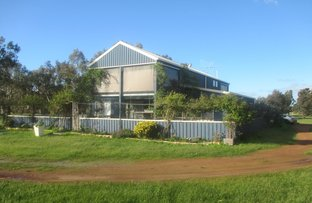 Picture of 17 McGuire Rd, Broomehill Village WA 6318