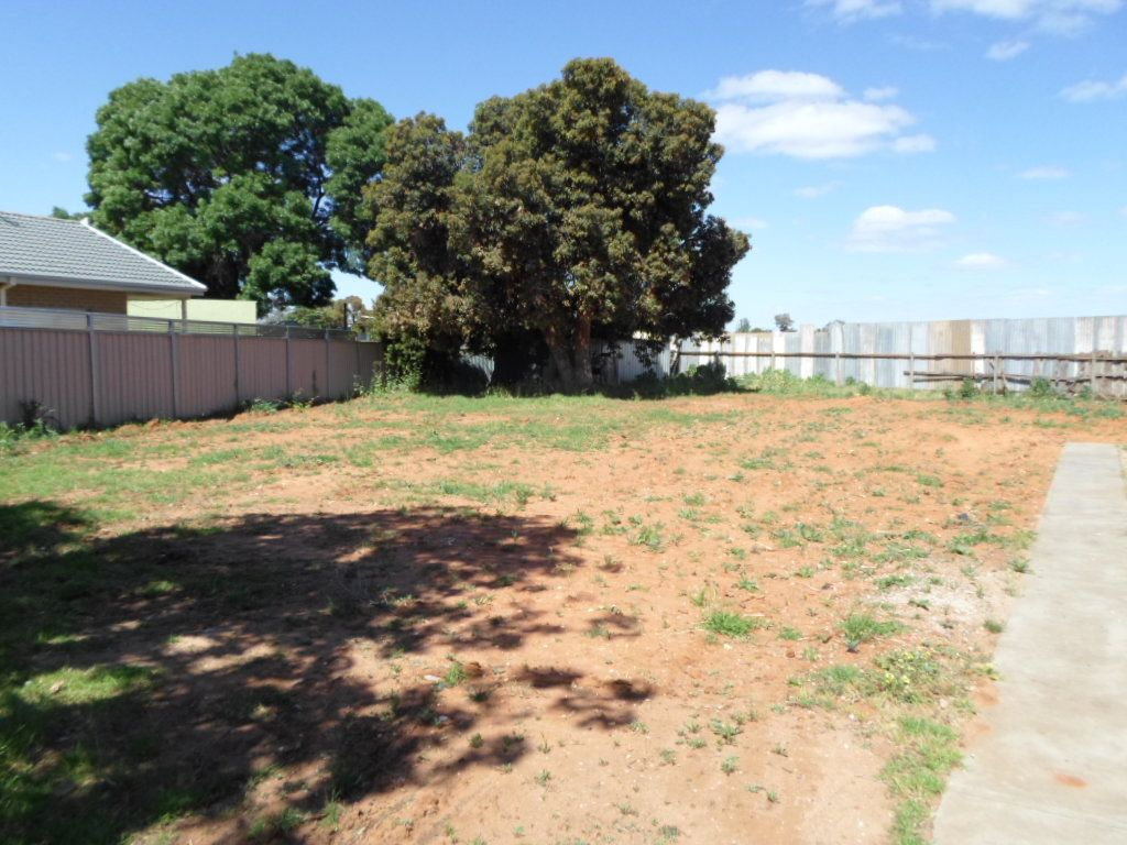 2 Cuttle Court, Robinvale VIC 3549, Image 2
