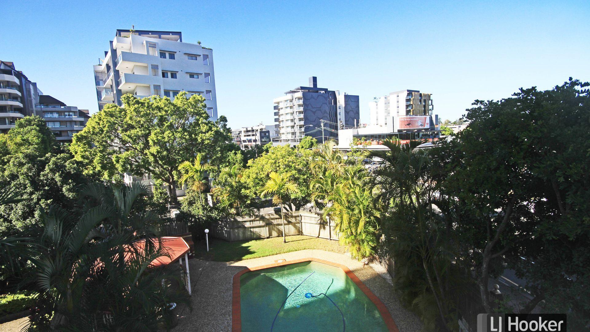 8/234 Shafston Avenue, Kangaroo Point QLD 4169, Image 2