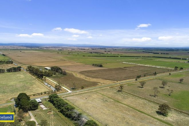 Picture of 83 Ross Road, NAMBROK VIC 3847