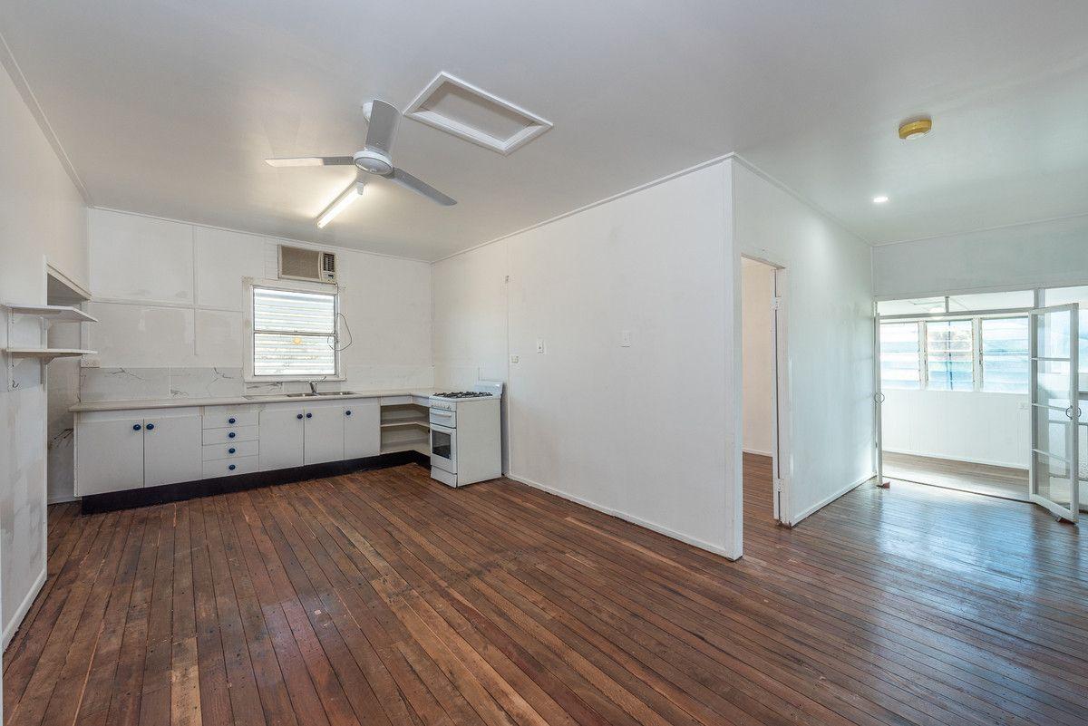 4 Joyce Street, Svensson Heights QLD 4670, Image 2