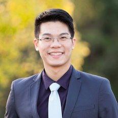 Benson Huang, Sales Associate