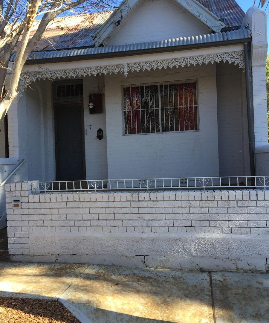 7 Pearl Street, Newtown NSW 2042, Image 2