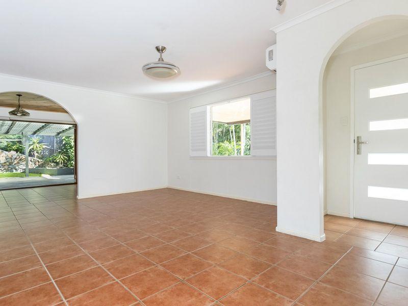 29 Yeerinbool Court, Arana Hills QLD 4054, Image 1