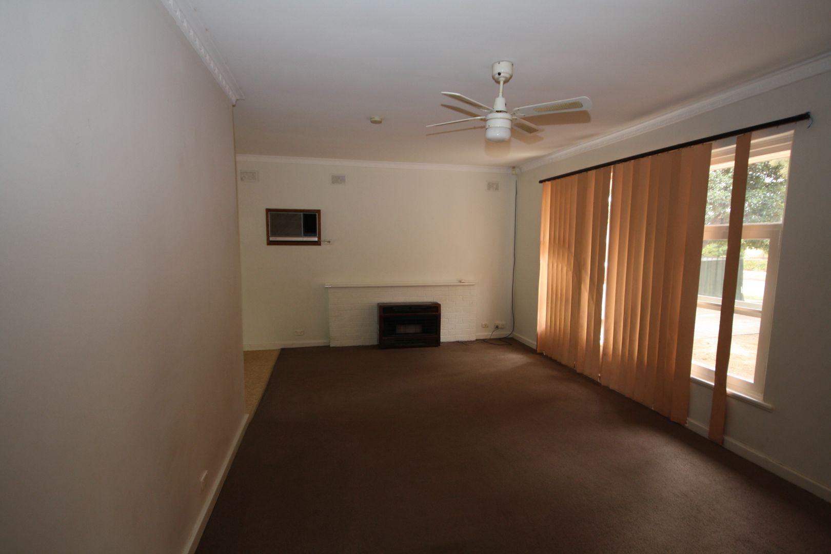 40 Jersey Avenue, Brahma Lodge SA 5109, Image 2