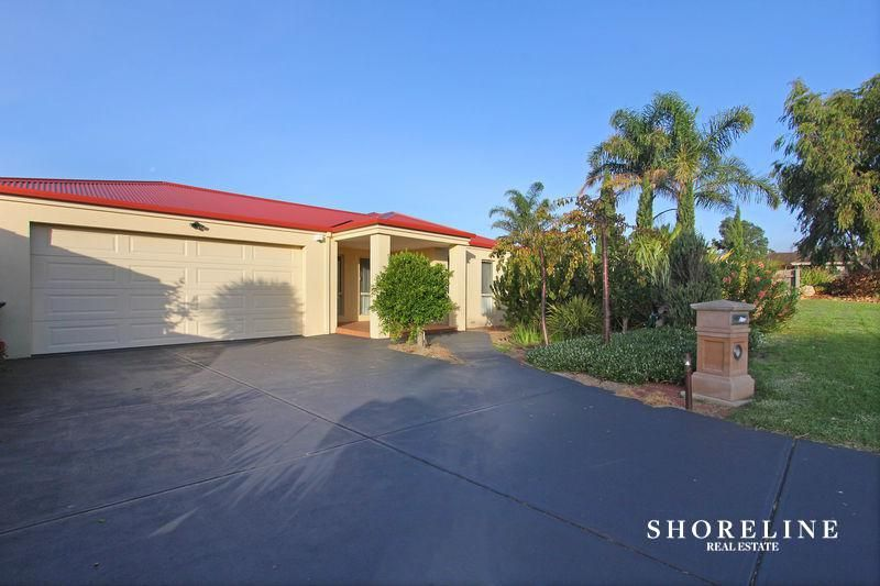 18 Fairway Circle, Safety Beach VIC 3936, Image 0