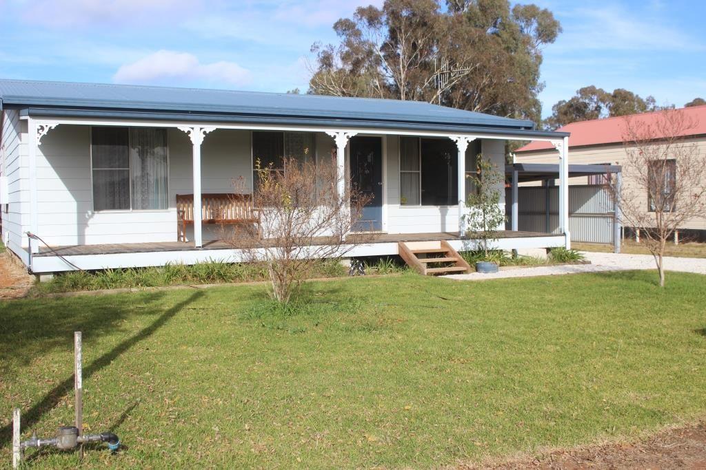 94 Bullinda Street, DUNEDOO NSW 2844, Image 1