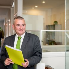 Gary Thomas, Sales representative