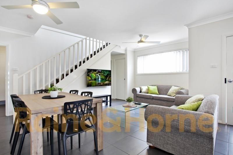 Room 301, 3/28 Dawson Street, Waratah NSW 2298, Image 2