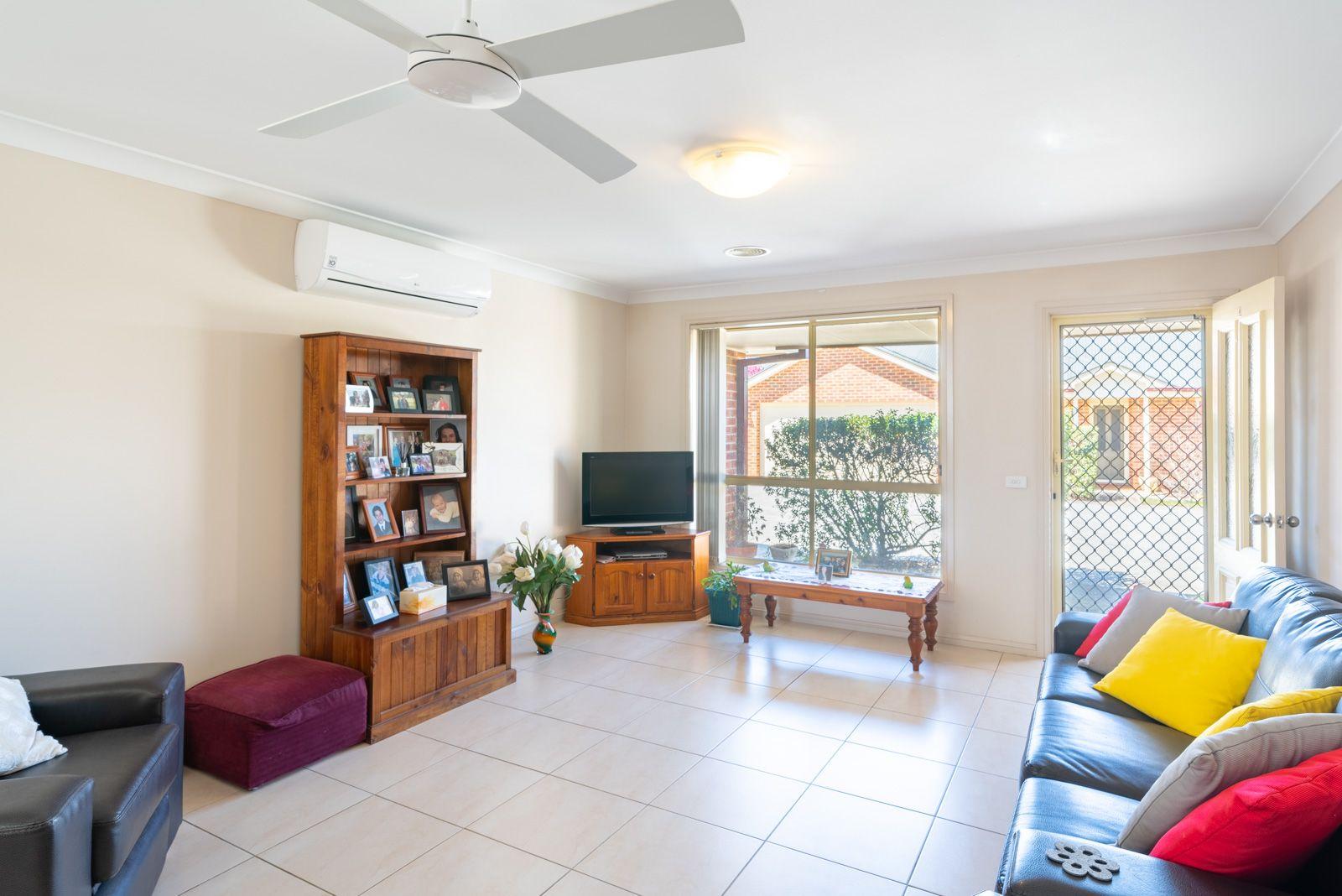 1/75 STANLEY STREET, Bathurst NSW 2795, Image 2