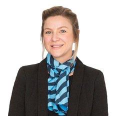 Alicia Hansson, Sales representative