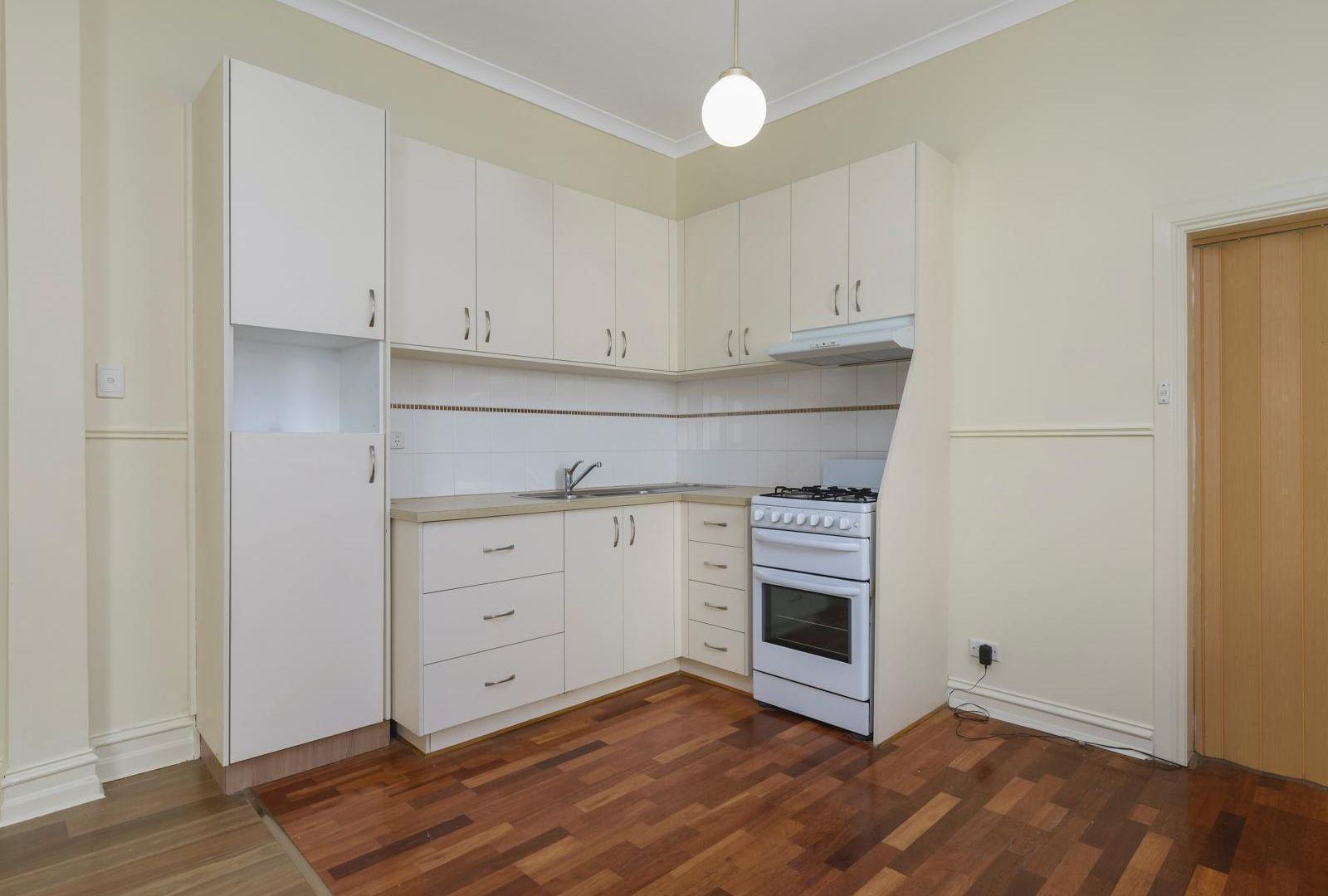 10 Main Street, Coburg VIC 3058, Image 2