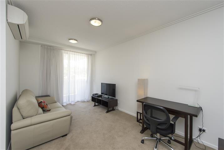 404/52 Oaka Lane, Gladstone Central QLD 4680, Image 2
