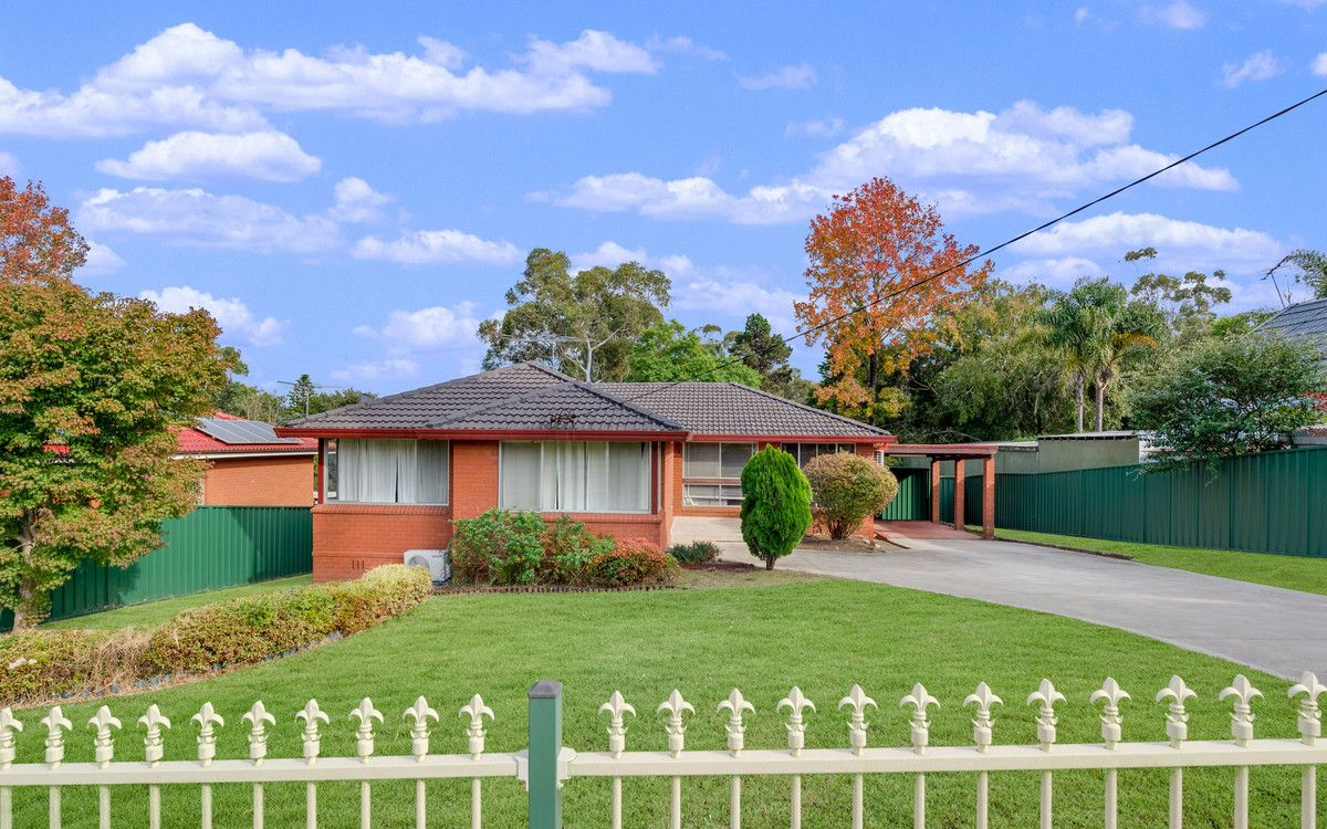 17 Russell Avenue, Valley Heights NSW 2777, Image 1