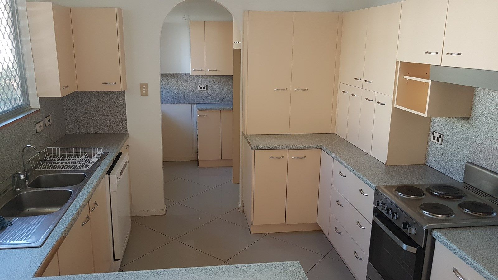 121 Webb Street, Mount Isa QLD 4825, Image 2