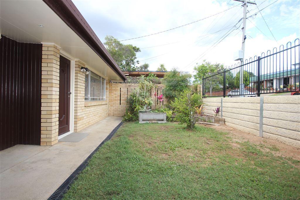 12 Westland St, Macgregor QLD 4109, Image 1