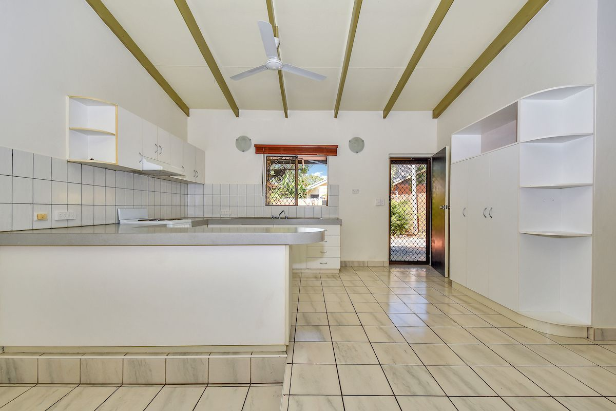 6/11 Cartwright Court, Coconut Grove NT 0810, Image 2