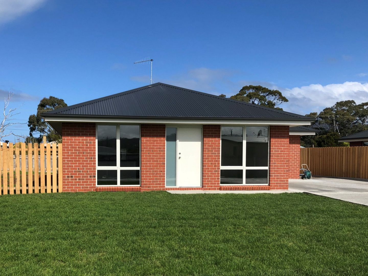 Unit 1, 2 or 3/13 Heather Place, St Helens TAS 7216, Image 0