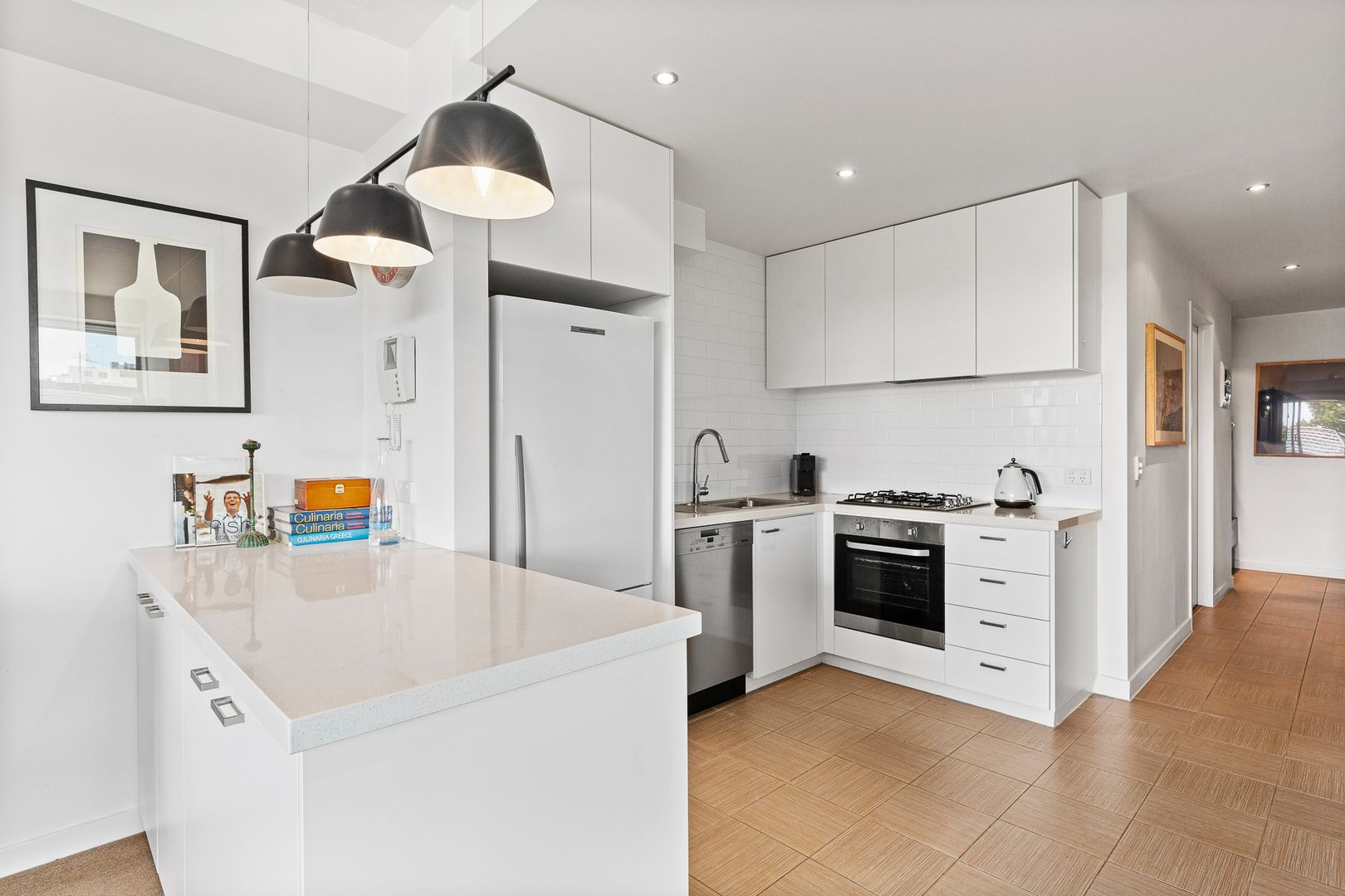 Apt 102/285-305 Centre Rd, Bentleigh VIC 3204, Image 1